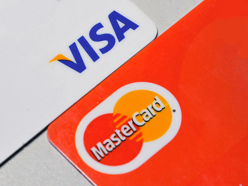 """Visa и MasterCard приостановили членство ОАО АКБ """"Еврофинанс Моснарбанк"""" в платежных системах, что повлекло за собой блокировку карт Visa и MasterCard за границей и на территории Российской Федерации, включая ограничение в приеме карт Visa и MasterCard в устройствах банка"""