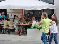 Жителю Москвы на это потребуется 10,6 минуты в день. Он тратит 2,2 процента от своего ежедневного дохода. Средняя стоимость завтрака оценивается в 44 рубля