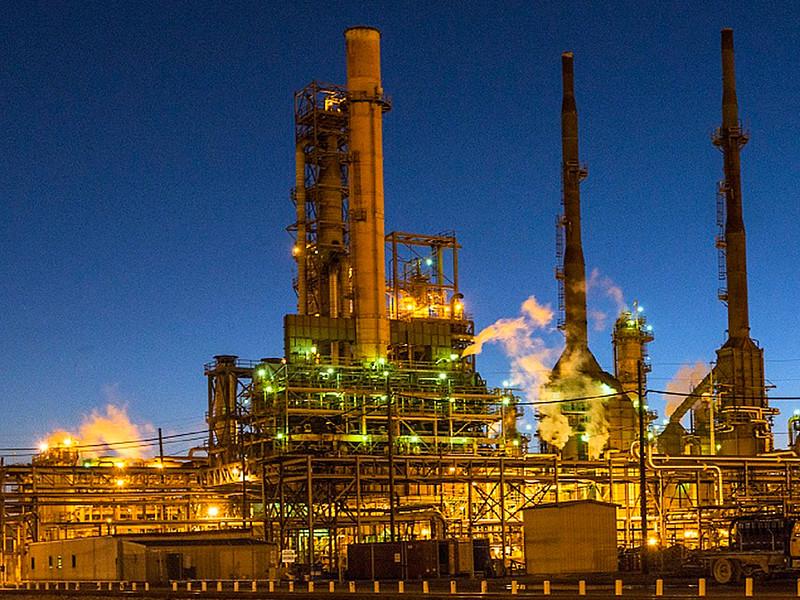 """Белоруссия остановила прием российской нефти по трубопроводу """"Дружба"""", оценив объем загрязнений в 5 млн тонн"""