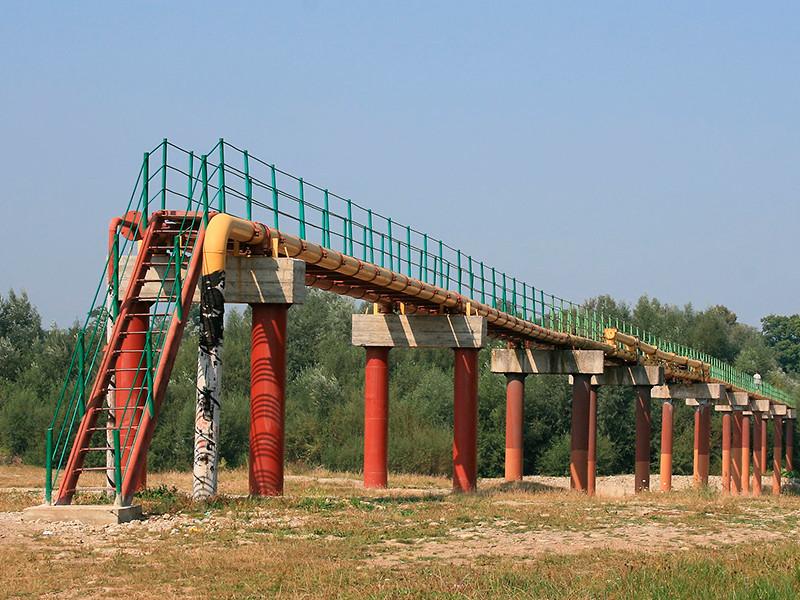 """В РФ продолжается расследование о загрязнении нефти в нефтепроводе """"Дружба"""" хлорорганическими соединениями"""