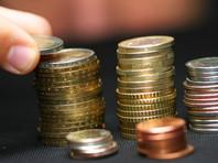 """Исследование показало, что иметь сбережения могут позволить себе только семьи с """"высоким"""" доходом - свыше 55 000 рублей. В этой группе они есть у половины семей. В группе с доходами до 20 000 рублей сбережения есть только у двух из десяти семей"""