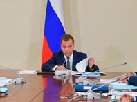 Мечта Медведева о сокращенной рабочей неделе разбивается о реальность: бизнес видит в этом сплошную головную боль и мало пользы