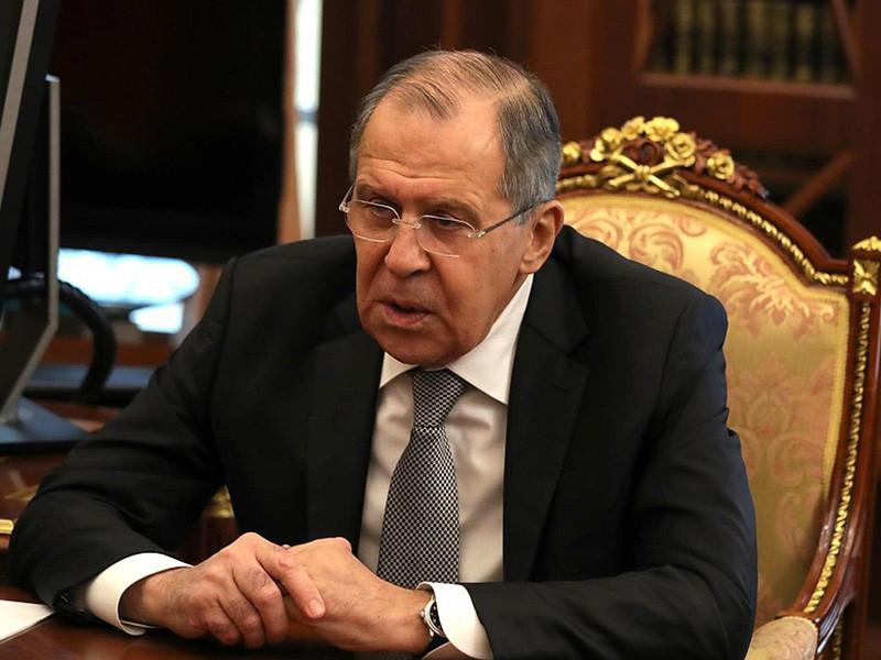 """Лавров: Россия продолжит курс на дедолларизацию экономики из-за """"агрессивных"""" санкций США"""
