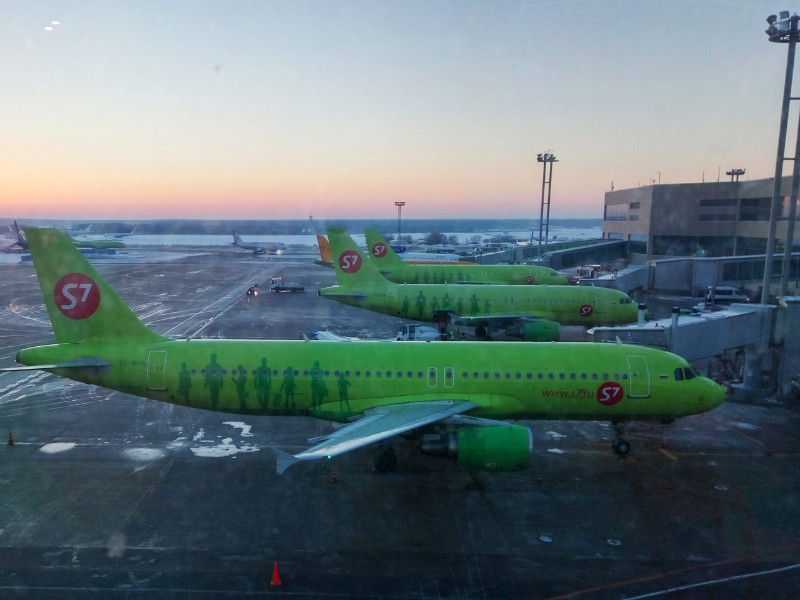S7 переделает свои  самолеты для  перевозки грузов
