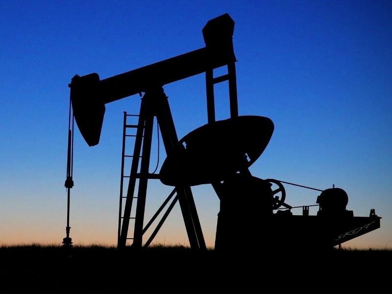 Россия готова сократить добычу нефти в рамках новой сделки ОПЕК+, если на это пойдут США и другие страны