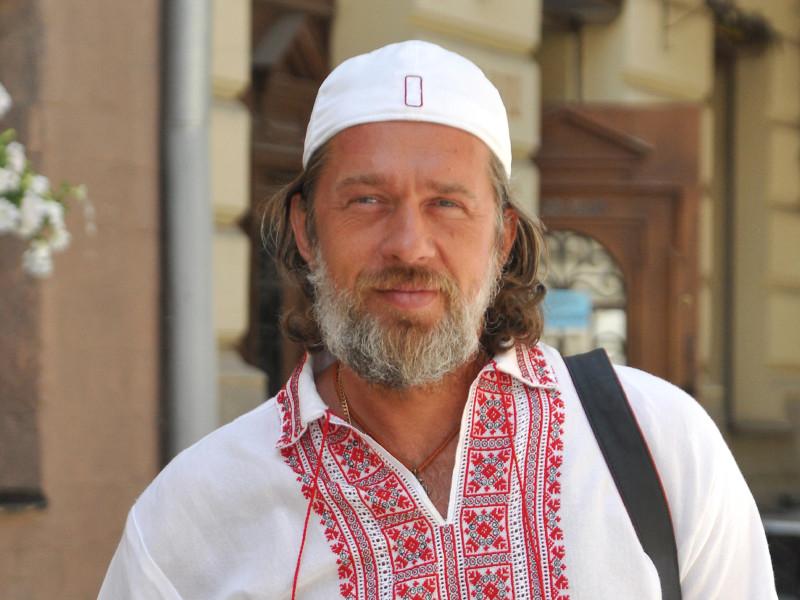 """Глава сети ресторанов """"Тарас Бульба"""", обвиненный в неуплате налогов, объявлен в федеральный розыск"""