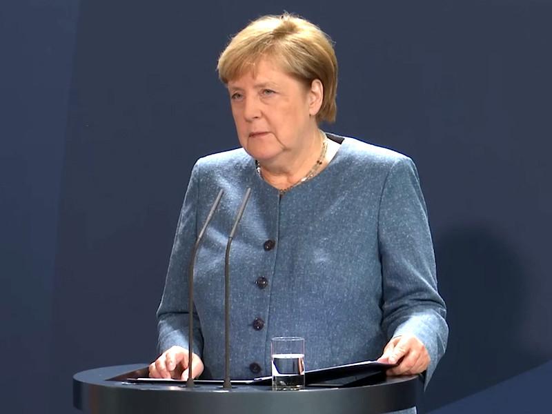 """Меркель не исключила введение санкций против """"Северного потока - 2"""" из-за отравления Навального"""