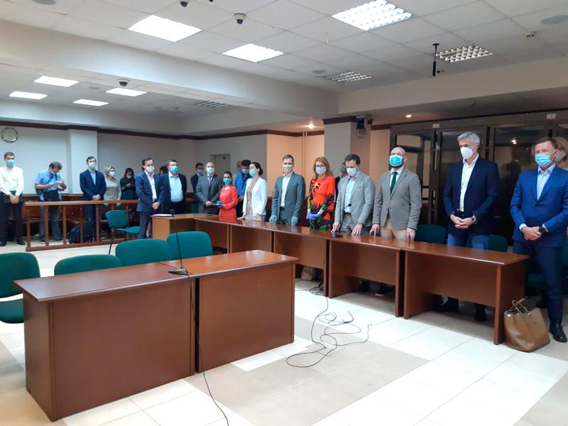 """Baring Vostok и компания Артема Аветисяна подписали мировое соглашение по спору за банк """"Восточный"""""""