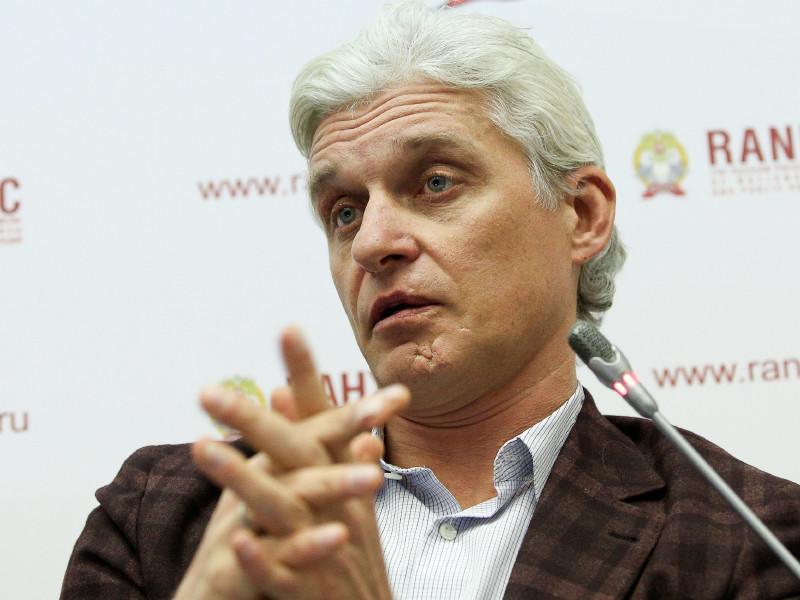 Олег Тиньков объявил о продаже части ценных бумаг TCS Group на $325 млн