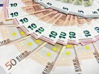 Курс евро поднялся выше 92 рублей впервые с ноября