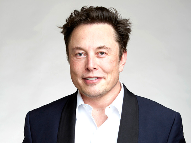 Основатель Tesla и SpaceX Илон Маск потерял первую строчку в рейтинге богатейших людей планеты, после того как стоимость акций Tesla Inc. снизилась на 8,6%
