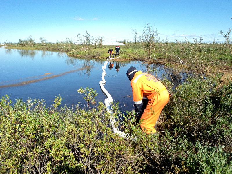 Работы по ликвидации последствий аварийного разлива дизельного топлива в районе рек Амбарная и Далдыкан, а также озера Пясино
