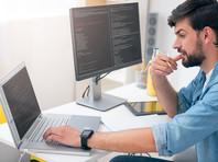 Больше всего высокооплачиваемых вакансий отмечается в среде программистов и разработчиков.