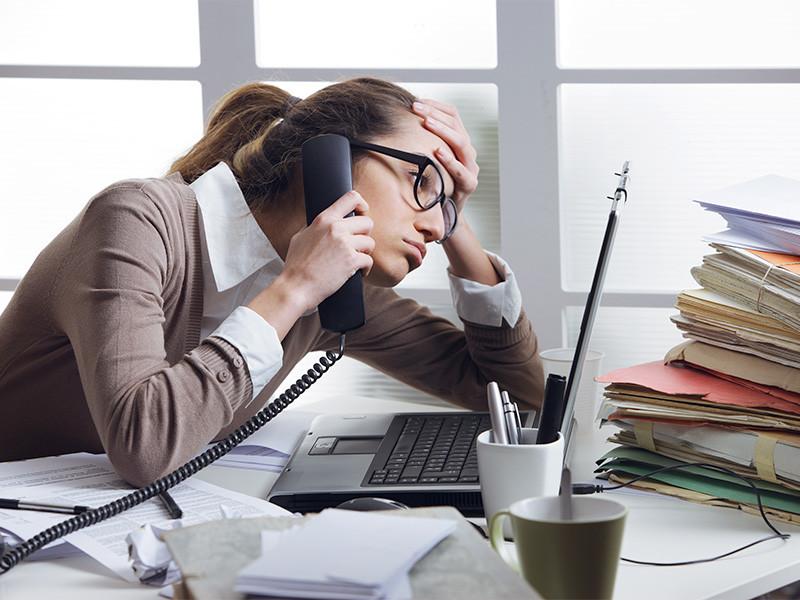 Продолжительность рабочей недели, превышающей 40 часов, с учетом всех переработок, является обычной практикой почти каждого второго работающего россиянина (49%)