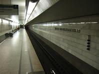 В вагоне московского метро ранили ножом 51-летнего пассажира