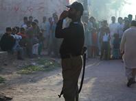 Высокопоставленный полицейский чиновник встретился с семьей погибшей и пообещал арестовать виновников убийства. Расследование возьмет под контроль глава регионального правительства Шахбаз Шариф