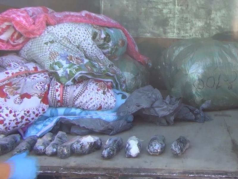 В Екатеринбурге в фуре с одеялами обнаружено 17,5 кг героина