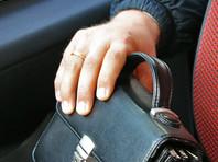 В Москве из внедорожника начальницы отдела тыла МВД похищены бриллианты