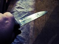 В Москве участкового полиции ранили ножом в живот в подъезде дома