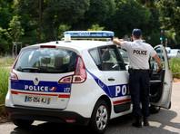 На курорте в Альпах турист ранил ножом трех девочек и их мать из-за неприличного жеста