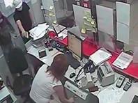 В Подмосковье грабители банка использовали букет цветов для маскировки, а также квадроцикл