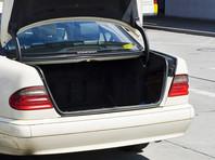 Жительница Владивостока обнаружила в багажнике своего автомобиля труп пенсионерки