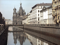 В Петербурге погромщики сбросили в канал Грибоедова имущество продавца кукурузы и избили двух человек