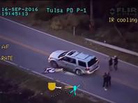 В Оклахоме женщина-полицейский застрелила безоружного афроамериканца, остановившего свою машину посреди дороги (ВИДЕО)