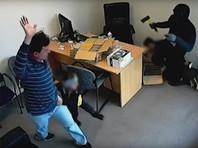 Шестилетняя Сара Пател была провозглашена самой храброй девочкой Новой Зеландии после того, как во время ограбления магазина, принадлежащего ее семье, вступила в противостояние с вооруженными грабителями и защитила одного из сотрудников