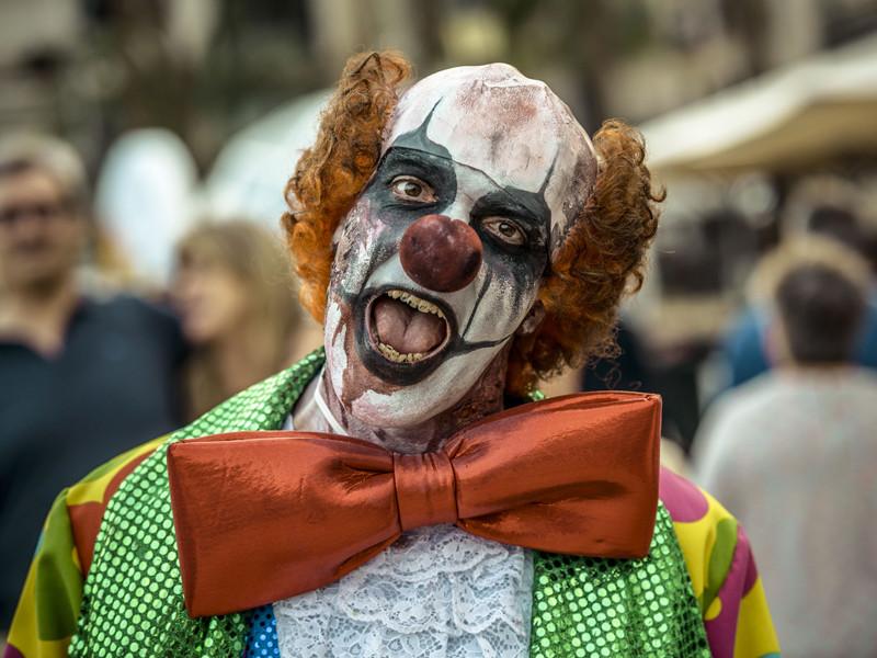 Жуткие клоуны, запугавшие жителей США, появились в Австралии и Новой Зеландии