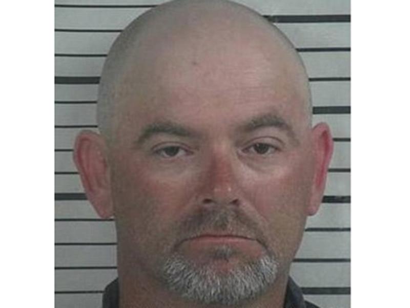 В округе Кулман штата Алабама в США в понедельник вынесли приговор 43-летнему Джею Мэйнору, который признан виновным в убийстве своего родственника-педофила
