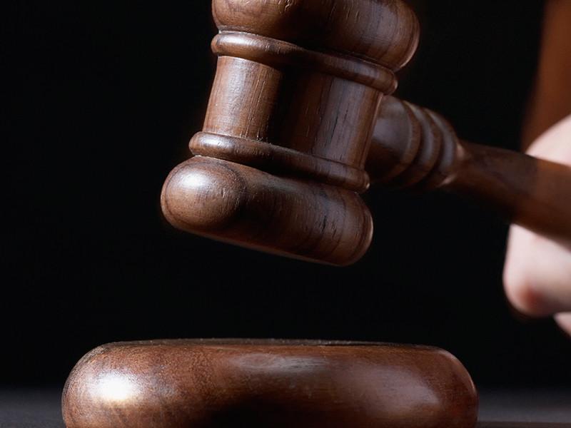 По решению суда народный избранник Владимир Глушак проведет 2,5 года в колонии-поселении