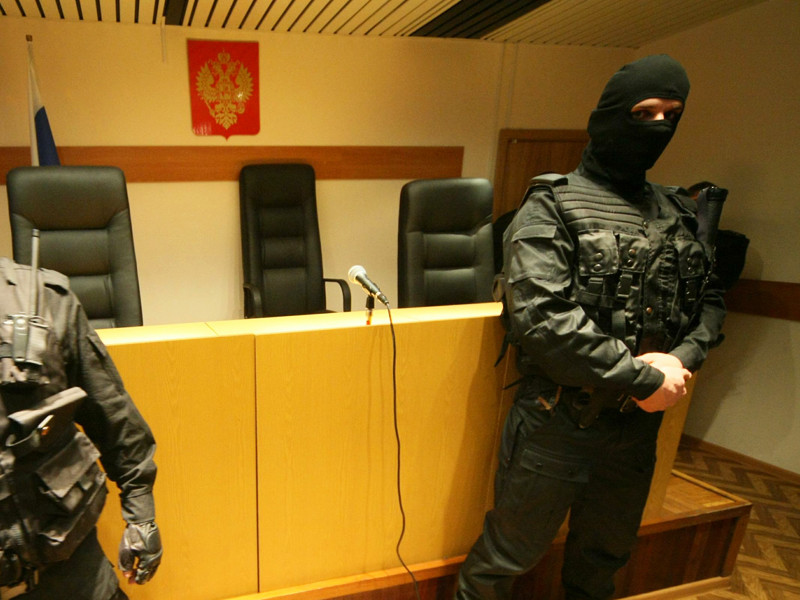 Суд Санкт-Петербурга вынес приговор по уголовному делу о зверском убийстве женщины. Потерпевшая умерла в страшных муках после того, как на нее во время сна вылили литр серной кислоты
