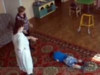 """В Югре осудили воспитательницу центра """"Добрый волшебник"""", сломавшую руку ребенку-инвалиду"""