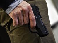В подмосковных Химках мужчина стрелял себе в ногу, а потом избил женщину-фельдшера