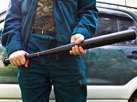 В Ленобласти четверо подростков избили битами скотника и похитили его машину Mazda