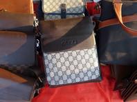 В США осуждена аферистка, заработавшая миллион на покупке дорогих сумок и возврате в магазины китайских подделок