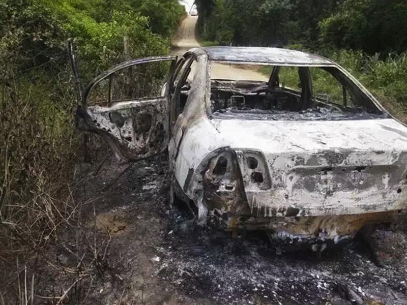 Полиция Бразилии задержала трех человек, которых подозревают в ограблении и зверском убийстве знаменитой певицы Лоалвы Браз. Женщина сгорела заживо в своем автомобиле