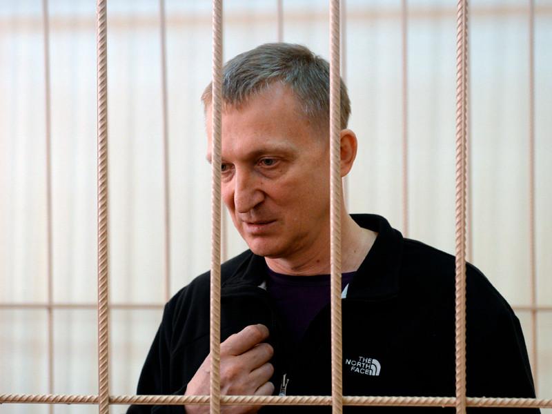 Глава управления СК России по Кузбассу Сергей Калинкин на заседании по его делу в Центральном районном суде Новосибирска, 16 ноября 2016 года