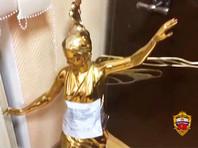 Москвич украл в парке позолоченную статую стоимостью 3 млн рублей, чтобы подарить ее своей девушке