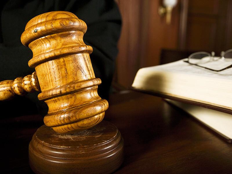 Бичурский районный суд вынес приговор 33-летнему мужчине, который признан виновным в убийстве соперника в любви и покушении на его родственника. Также установлено, что подозреваемый, являющийся эрудированным человеком, страдает психическим заболеванием