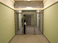 В Забайкалье психбольную школьницу избили на допросе, а мужчине полицейские сломали позвоночник