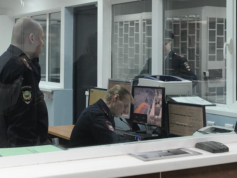 23-летняя жительница Рязани сообщила в полиции, что на улице Зубковой на нее якобы напал неизвестный
