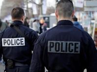 """Во Франции полицейские """"случайно"""" изнасиловали дубинкой мужчину во время задержания"""