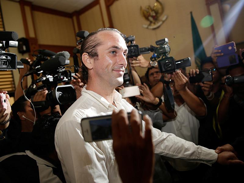 В суде Денпасара индонезийской провинции Бали вынесен приговор 34-летнему диджею из Великобритании Дэвиду Тейлору, который признан виновным в убийстве стража порядка