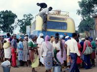 В Зимбабве четыре пассажирки изнасиловали в микроавтобусе учителя