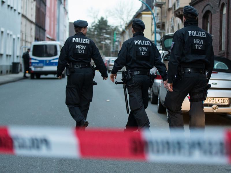 Полиция федеральной земли Северный Рейн - Вестфалия задержала в четверг 19-летнего Марселя Хессе, которого подозревают в убийстве малолетнего школьника