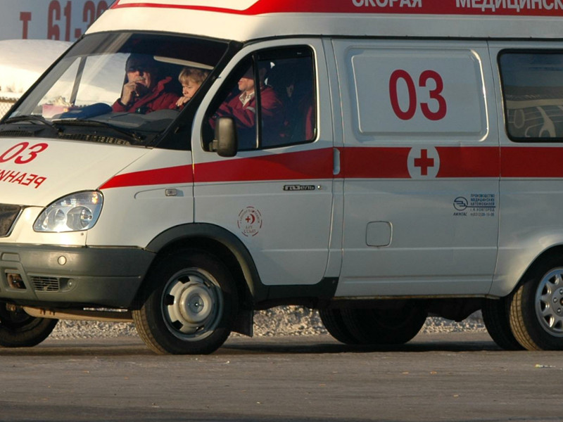 В школе Екатеринбурга ученица ранила одноклассницу ножом в шею