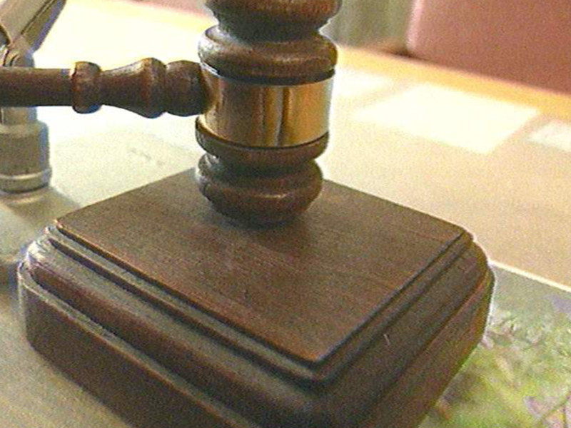 В Красноярском крае осужден мужчина, который вместе с 13-летним сыном убил пенсионера за отказ одолжить денег