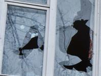 Под Саратовом коллекторы разбили окна в квартире должницы и угрожали убить ее дочь